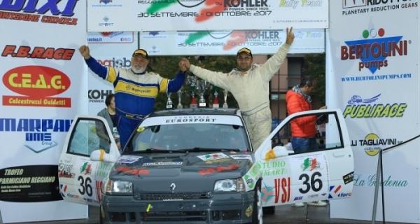 Il 4° Trofeo Parmigiano-Reggiano a Luciano D'Arcio, con lui sul podio Valdesalici e Fontani