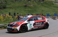 Targa Florio, Rusce (X-Race Sport) maledice una foratura