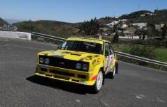 Paolo Diana (Scuderia Malatesta) e la sua 131 ospiti d'onore del Rally Italia Sardegna